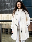 Here's Proof That You Really Can Wear White All Year Round