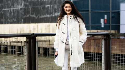 Here's Proof That You Really Can Wear White All Year Round | StyleCaster