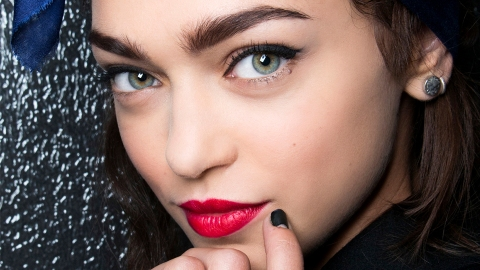 The *Best* Black Eyeliners That Won't Smudge (No, Seriously) | StyleCaster