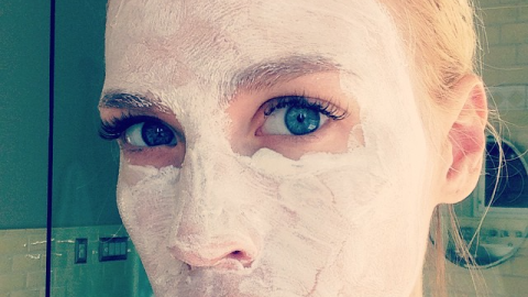 Hilary Duff, Chrissy Teigen, and 47 Other Celebs in Full-On Face Masks | StyleCaster