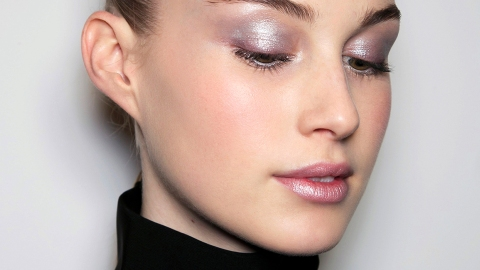 17 Holographic Beauty Products You Need to Try Right Now   StyleCaster