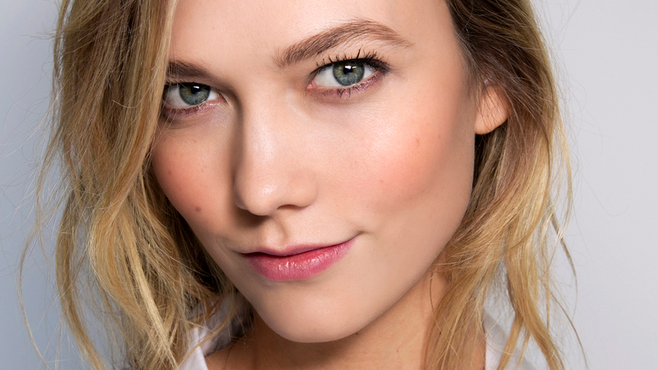Karlie Kloss Glowing Skin With Drugstore Products Stylecaster