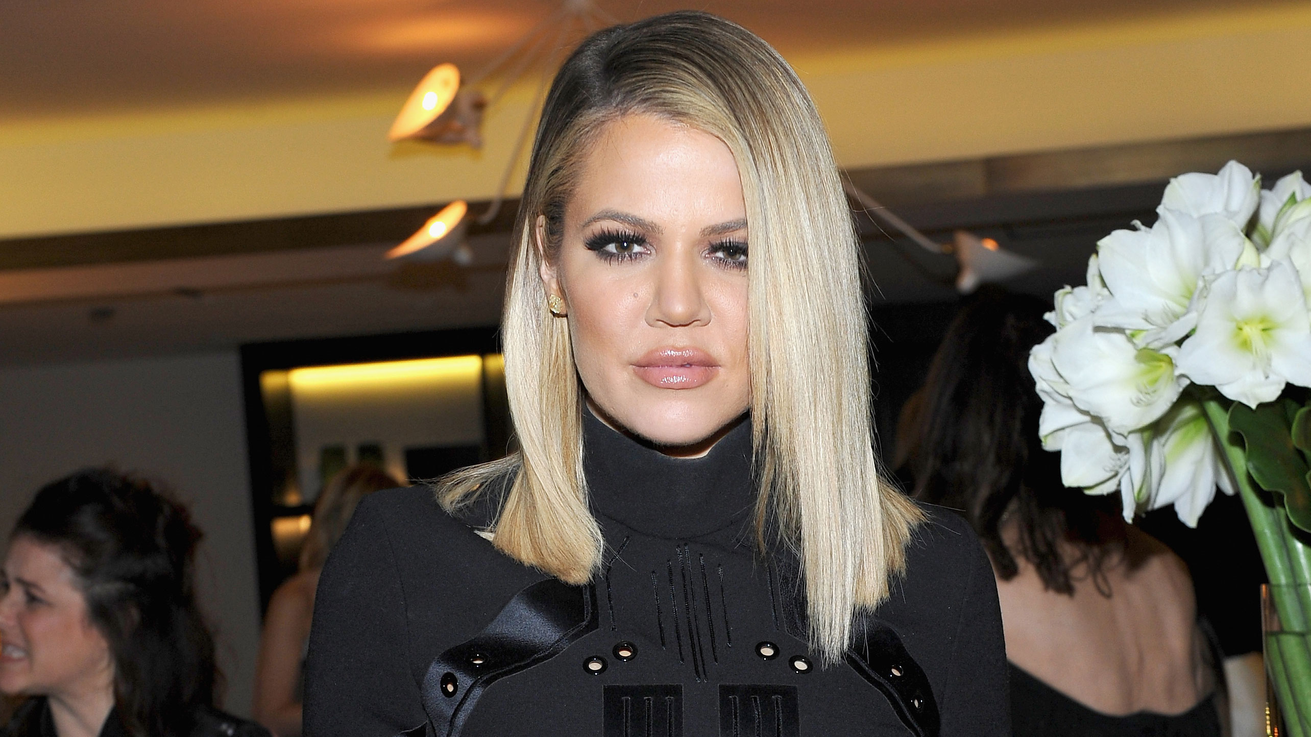 WTF: Khloé Kardashian Looks Unrecognizable in This New Pic