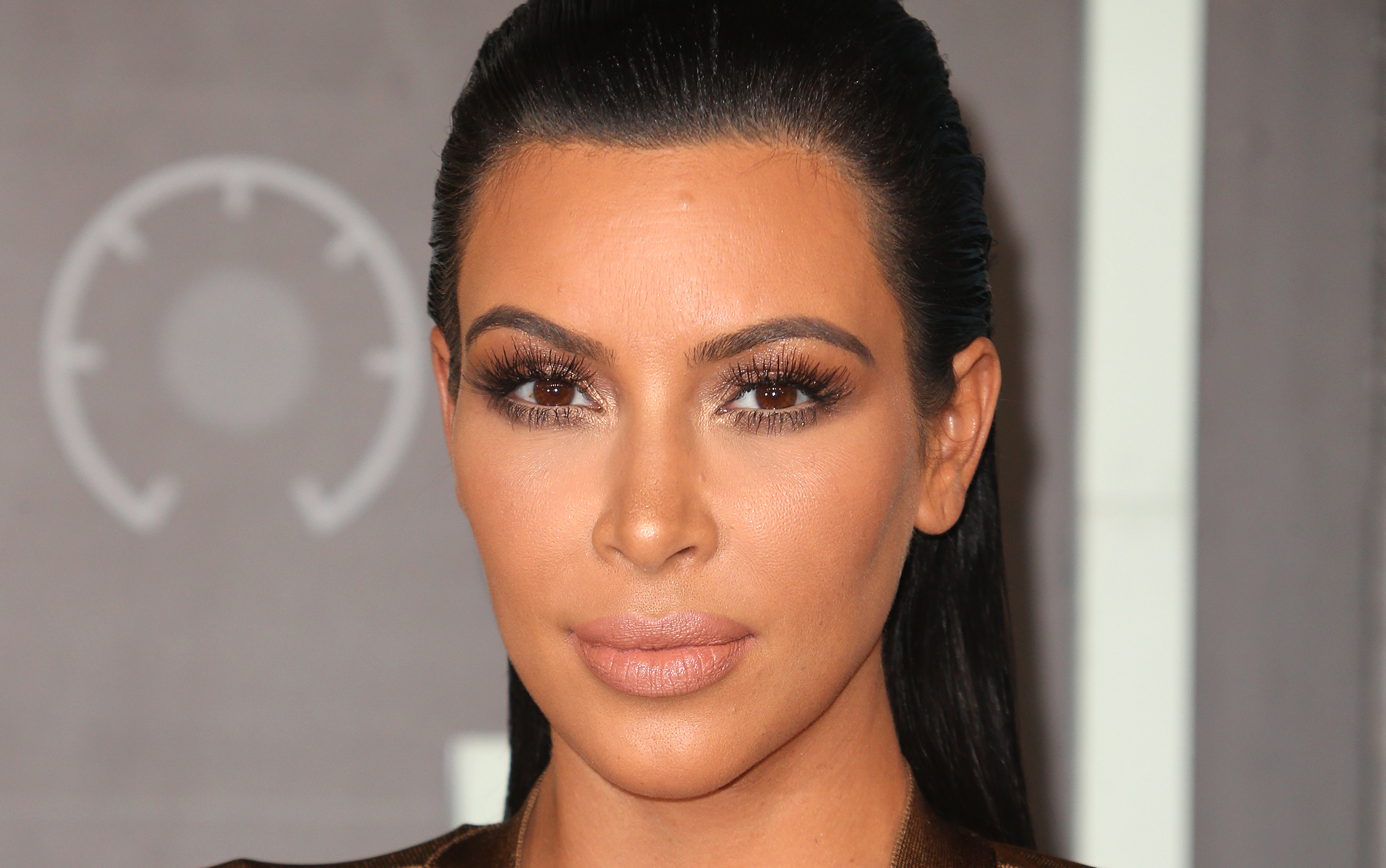 17 People Arrested in Connection with Kim Kardashian Robbery