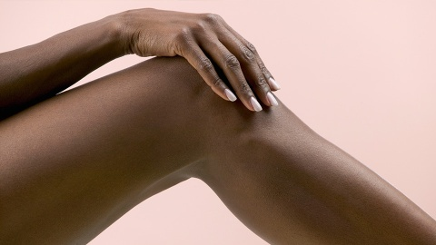 Is Waxing In the Winter Messing Up Your Skin? | StyleCaster