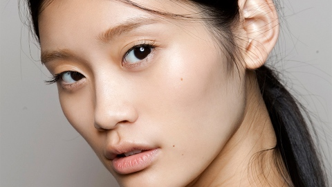 The Weird Way You're Ruining Your Skin Every Night | StyleCaster
