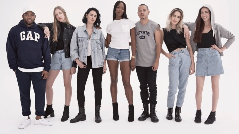 The Gap Is Reissuing Iconic '90s Styles, and We're Feeling So Nostalgic | StyleCaster