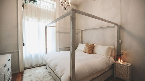 These Minimalist Bedrooms Will Ignite Your Inner Hygge | StyleCaster
