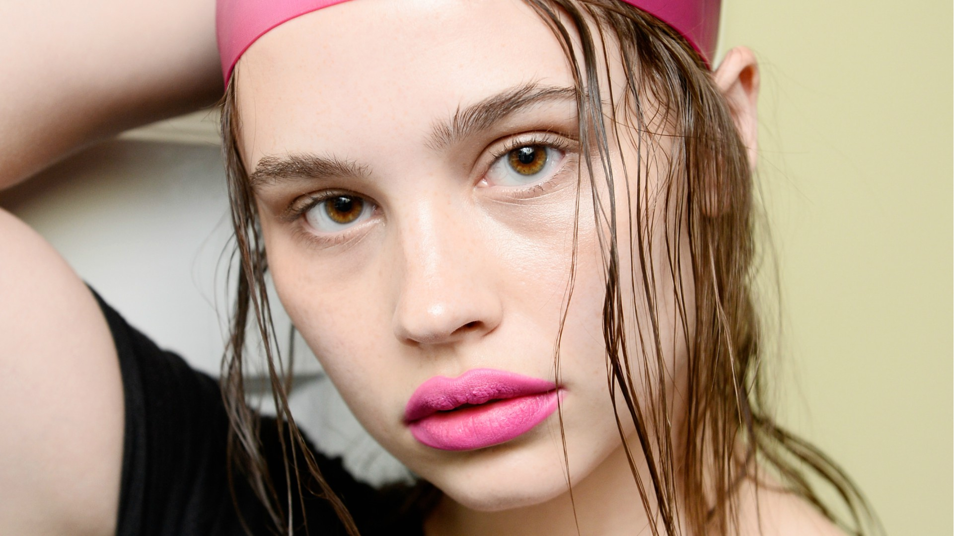 10 Stellar Cleansers to Try If You Struggle With Acne