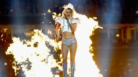 Lady Gaga's Super Bowl Airbnb Is Legit Insane | StyleCaster