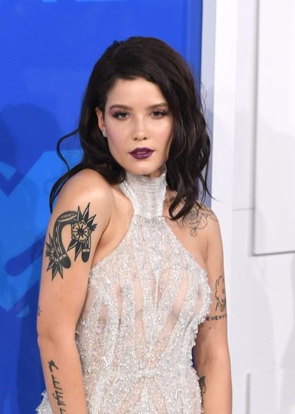 Wardrobe ⚡ famous malfunctions celebrity 25 Most