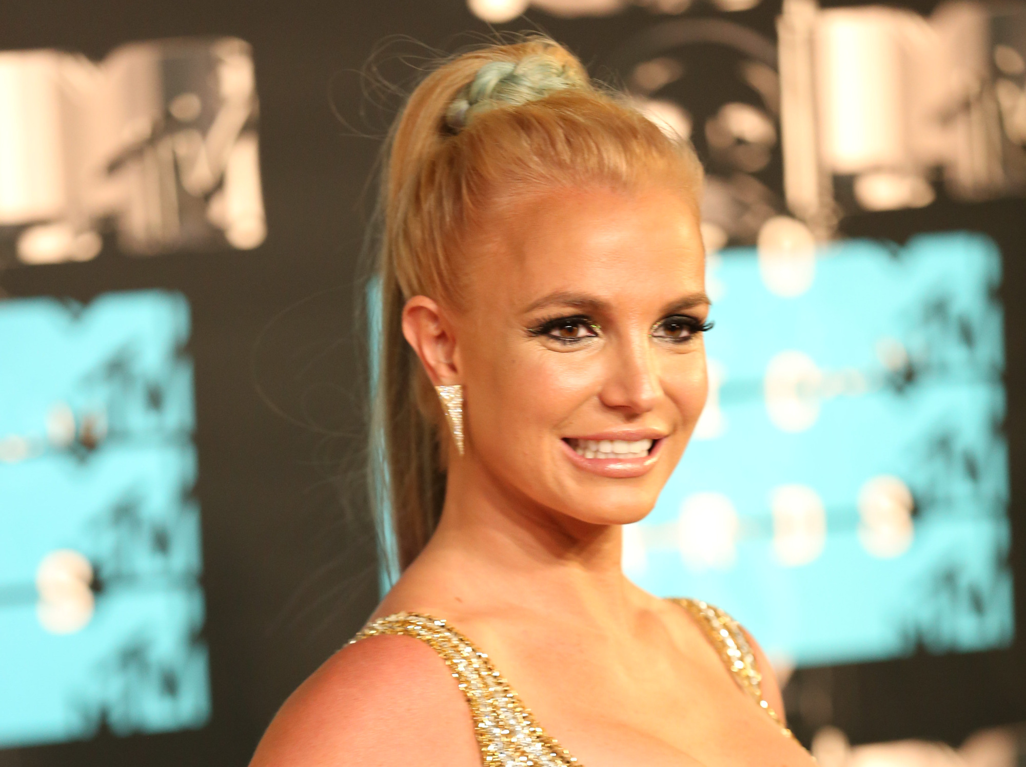 Britney Spears Is on a Manic Twitter Video-Posting Binge