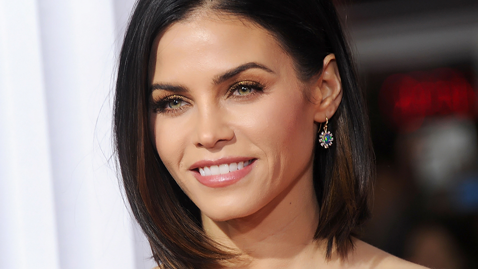Jenna Dewan Tatum Got '90s Hair Extensions and Barely Looks Like Herself