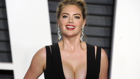 Kate Upton's Body-Positivity on 3rd 'SI' Cover Is Everything | StyleCaster