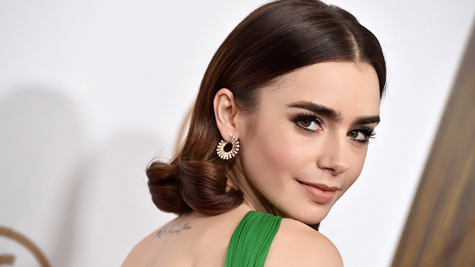 Lily Collins Takes Makeup-Free Selfie, Proves She's Superhuman