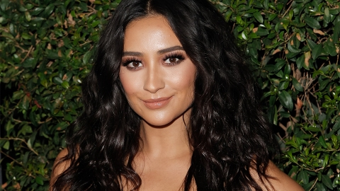 You *Have* To See Shay Mitchell's Insanely Long Rope Ponytail | StyleCaster