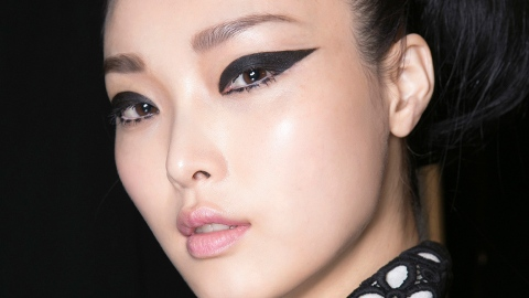 This Weird Cat-Eye Hack Is Pure Genius | StyleCaster
