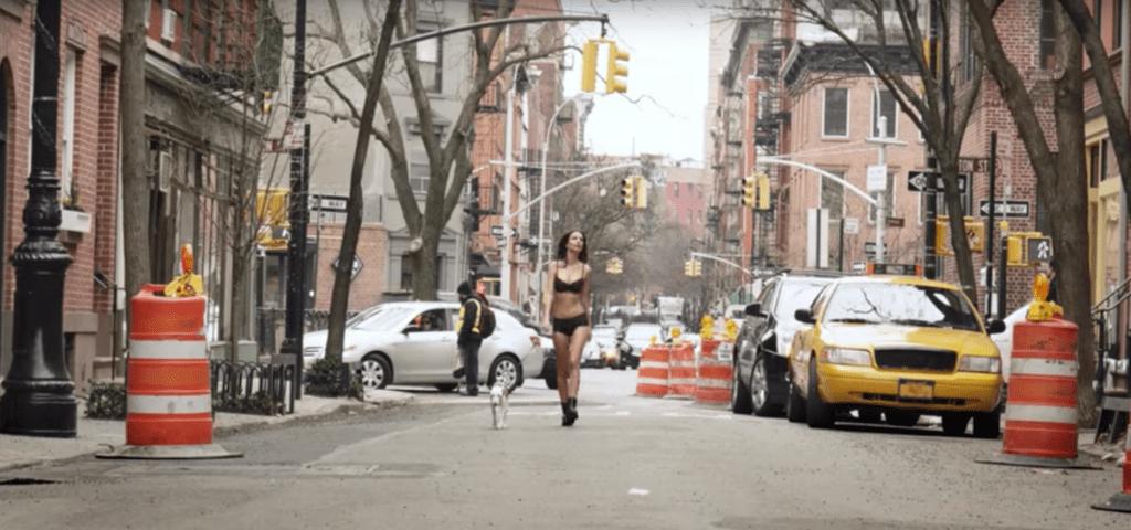 emily ratajkowski 1 Emily Ratajkowski Took a Walk in Lingerie for DKNY, and Theres Video