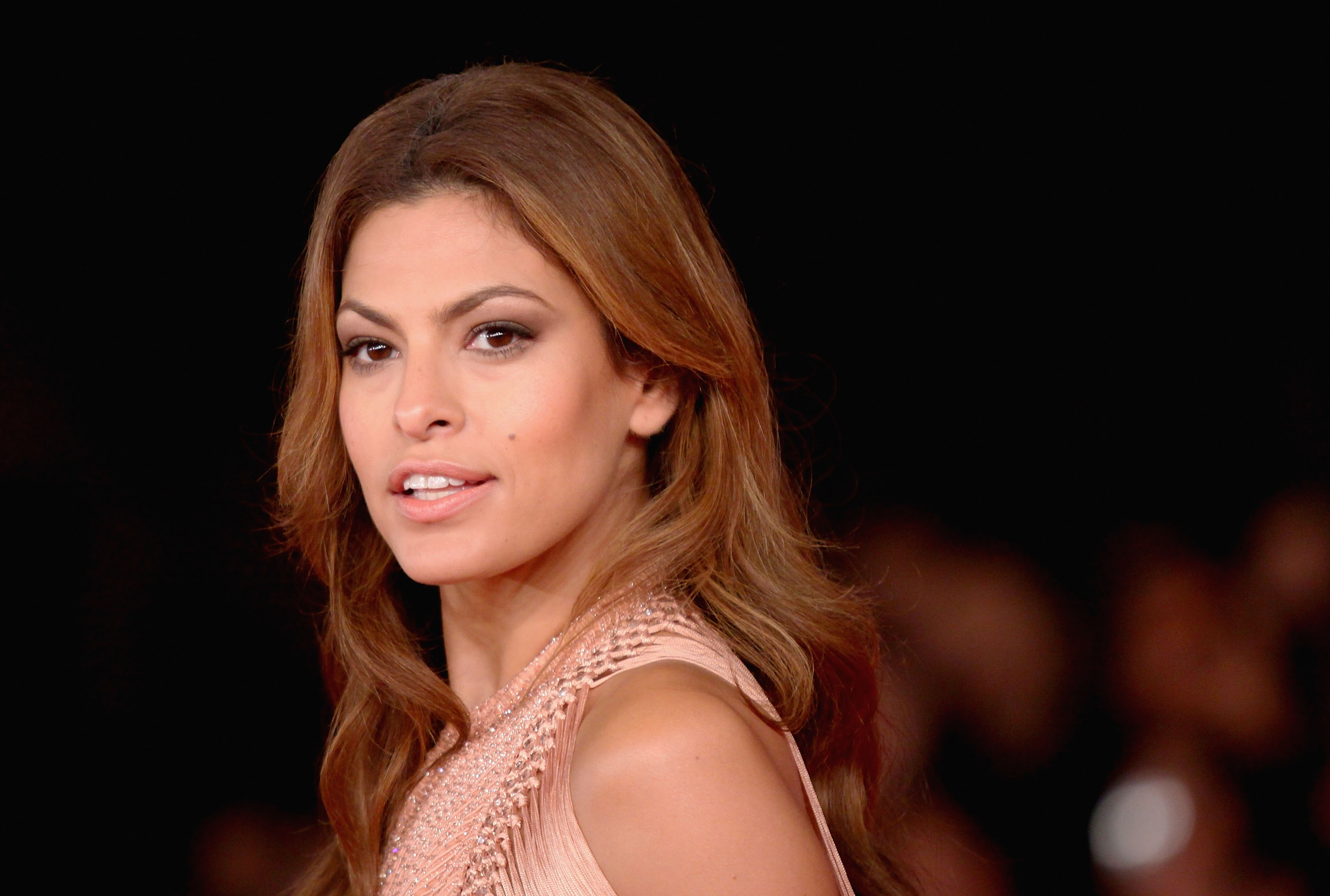 Eva Mendes' Diet Includes This for Lunch and Dinner Every Single Day