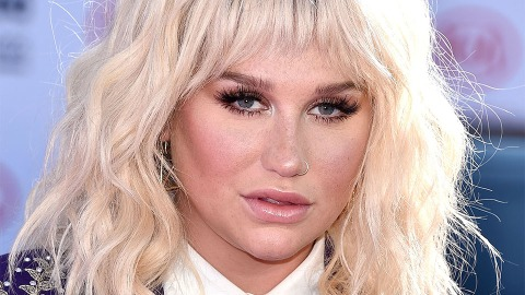 Kesha Looks Unrecognizable as She Leaves the Gym Without Makeup | StyleCaster