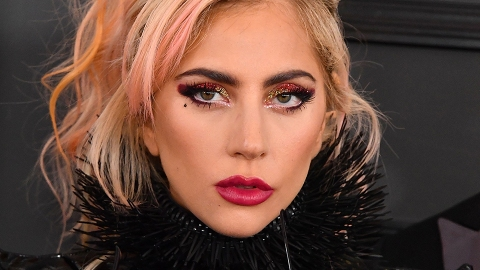 Breaking: Lady Gaga Dyed Her Hair *Again* and It Looks Amazing | StyleCaster