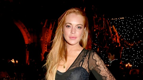 Presenting Lindsay Lohan Wearing No Makeup, Fresh from a Dip in the Sea   StyleCaster