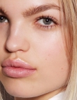 10 Anti-Aging Lip Products You NEED to Be Using