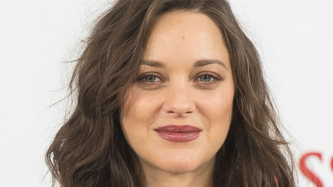 Marion Cotillard Looks Completely Unrecognizable With Lip Injections | StyleCaster