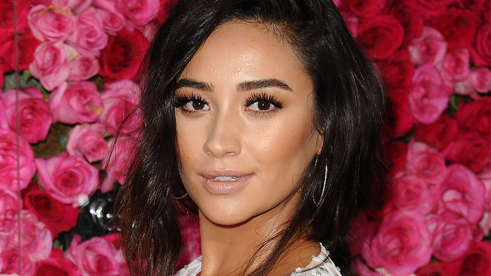 Shay Mitchell Is Legit Obsessed with Pizza—and We're Here for It