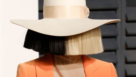 Sia Looks *So* Different Without Her Signature Wig   StyleCaster