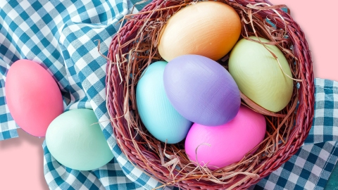 Egg Dyeing 101: Quick Tips for Making Your Easter Eggs Works of Art | StyleCaster