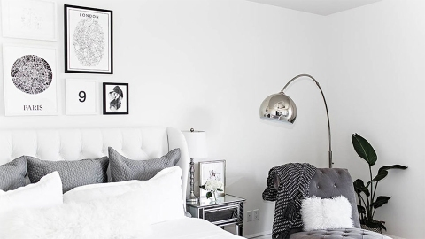 19 Tips for Creating a Gorgeous Black and White Gallery Wall   StyleCaster
