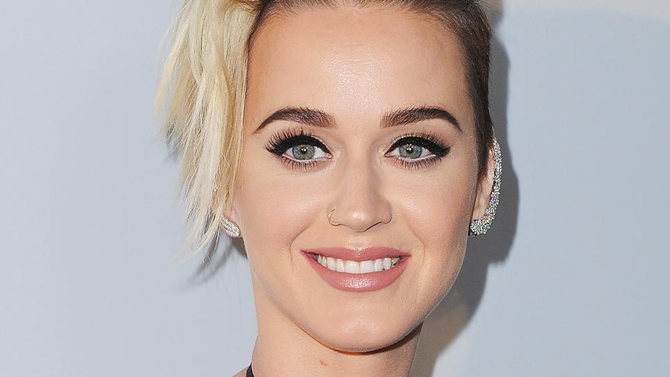 Katy Perry Imitates Kim Kardashian's Infamous Hairstyle