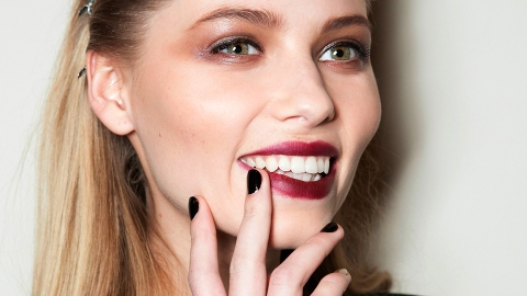 Um, This Drugstore Nail Polish Didn't Chip for 14 Days. WHAT. | StyleCaster