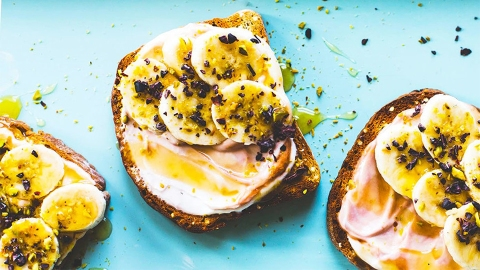 Quick and Delicious Protein Hacks to Start Your Day Right | StyleCaster