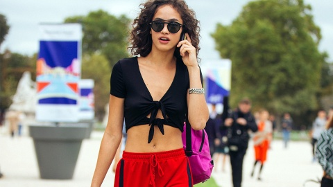 The '90s Trend That's Making a Huge Comeback Right Now   StyleCaster