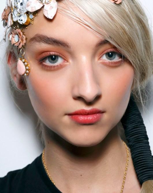 5 So Pretty Beachy Makeup Tutorials To