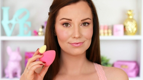 You Need to See What Happened to This Woman's Beautyblender After 7 Months | StyleCaster