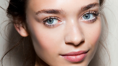 Thanks to The Advent of Magnetic Falsies, You Can Finally Apply Faux Lashes Without Fuss | StyleCaster
