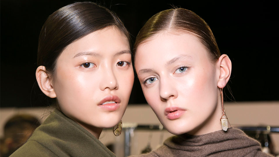 Pamper and Protect Your Neck with These Fancy Formulas | StyleCaster