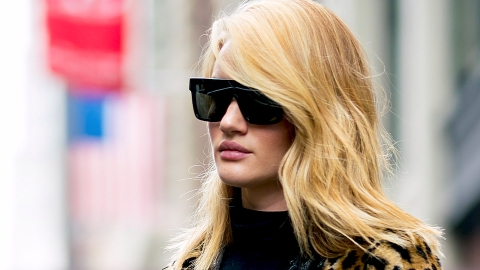 10 Foolproof Hacks for Making Fine Hair Look Full and Bouncy | StyleCaster