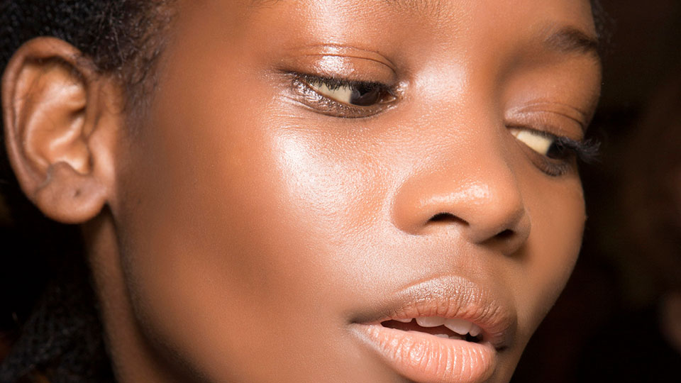 Vaseline Can Actually Cure Your Acne, According to the Internet | StyleCaster