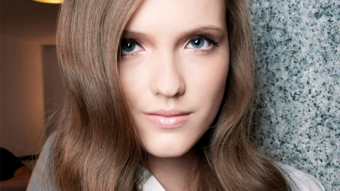 The Best Anti-Aging Hair Products That Really Work | StyleCaster