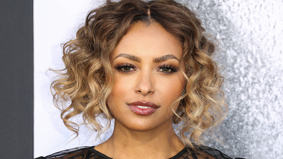 Kat Graham Just Got the Sleekest New Honey Blonde Bob