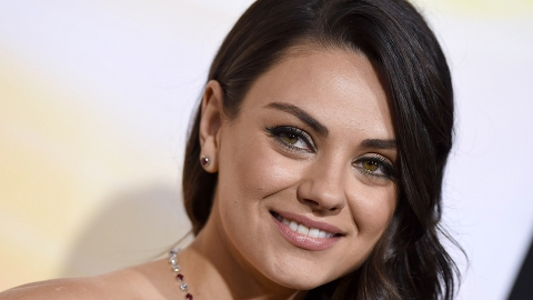 Mila Kunis Just Joined the Summer Bob Club | StyleCaster
