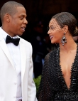 10 Celebrity Couples Who Have Welcomed Twins