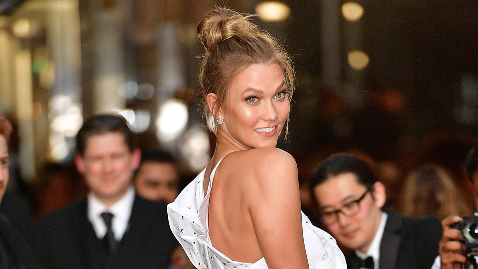 You Need to See Karlie Kloss's Crazy Bleach-Blonde New Hair