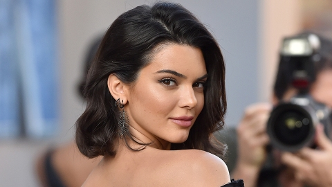 Kendall Jenner Was Just Caught with a Cigarette | StyleCaster