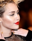 This is What Miley Cyrus Looked Like in 2006