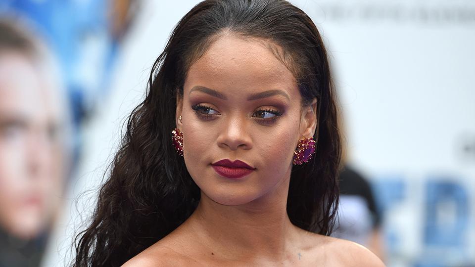 Rihanna Dismissed Fat-Shamers With an Epic Instagram Comment